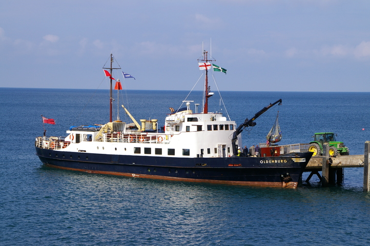 MS Oldenburg at Lundy Jetty